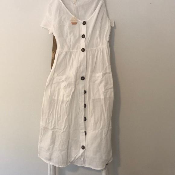 Pinkblush Dresses & Skirts - White dress